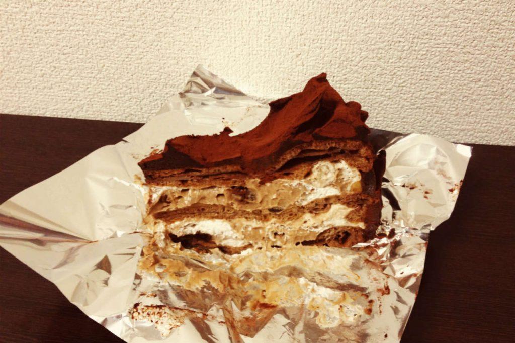 包装をとったら現れたケーキ