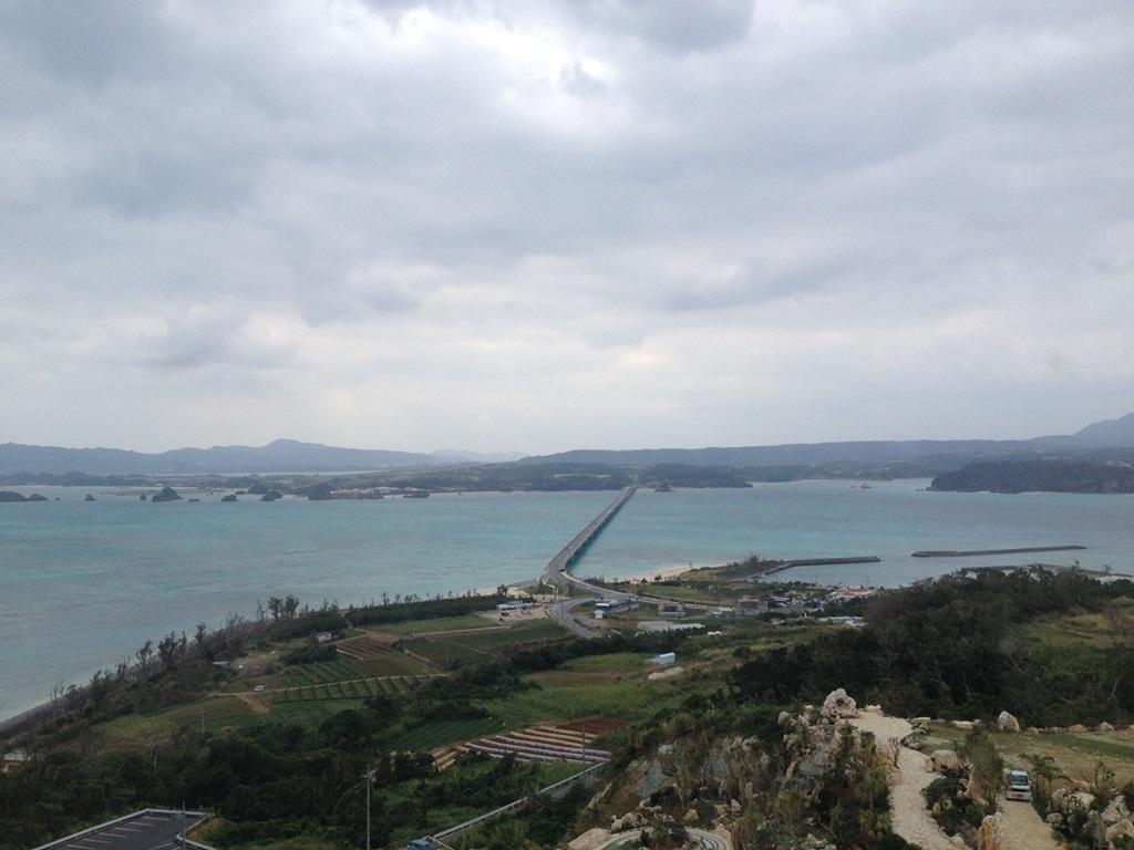 3階から見える古宇利大橋の写真
